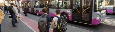 educatie-transport gratuit in scoli